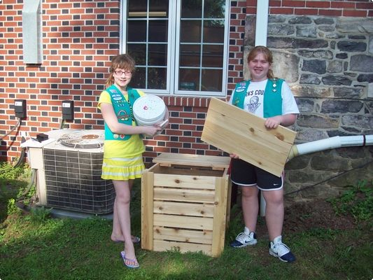 GirlScout CompostBin_1